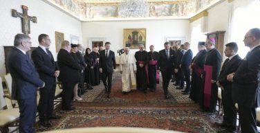 Папа встретился с чешскими и словацкими парламентариями по случая 1150-летия кончины святого Кирилла