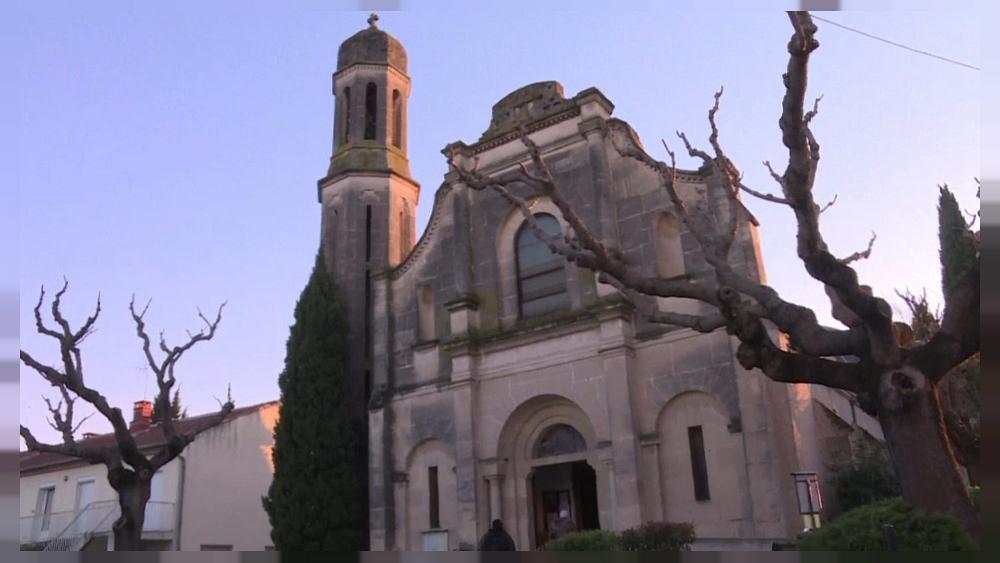 Во Франции растет число случаев осквернения католических церквей