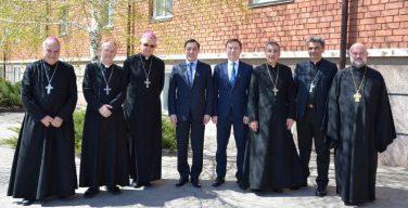 Епископы Казахстана: развитие СМИ – необходимый аспект нашего служения