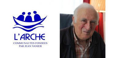 Тело основателя общин «Ковчег» и «Вера и свет» Жана Ванье предано земле во Франции