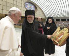 Папа Франциск встретился с представителями итало-албанской епархии византийского обряда