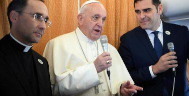 Пресс-конференция Папы Франциска на борту самолета: о новопреставленном Жане Ванье, православии и блаженном кардинале Степинаце