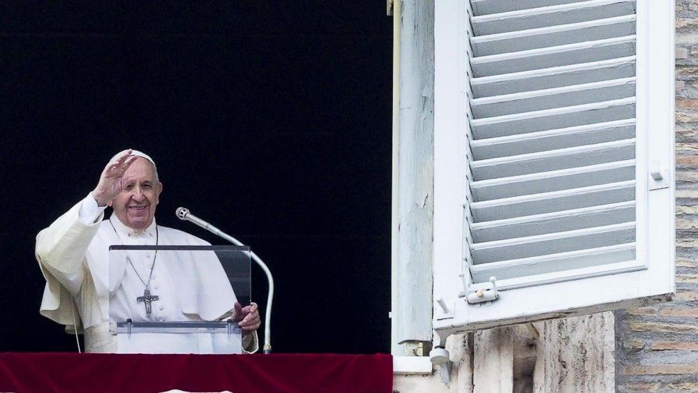 Слово Папы Франциска перед чтением молитвы «Царица Небесная» в 5-е воскресенье Пасхального времени. 19 мая 2019 г., площадь Святого Петра
