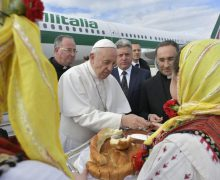 Папа Франциск в Северной Македонии: «Я вижу Церковь, которая дышит полнотой двух легких, византийским и латинским обрядами…»