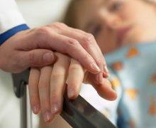 Что будут чувствовать родители, если выберут для ребенка жизнь в страданиях?