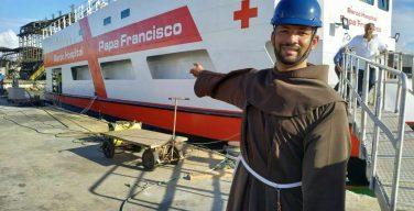 «Папа Франциск»: госпиталь солидарности и Евангелие отправятся в плавание по Амазонке