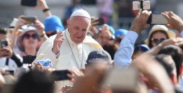 Папа Франциск на общей аудиенции в среду 5 июня подвел итоги своего визита в Румынию