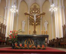 В Навечерие Пятидесятницы представители различных христианских конфессий приняли участие в молитвенном бдении в Кафедральном соборе на Малой Грузинской (+ФОТО)