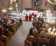 Торжество Пятидесятницы в главном храме Преображенской епархии (+ФОТО)