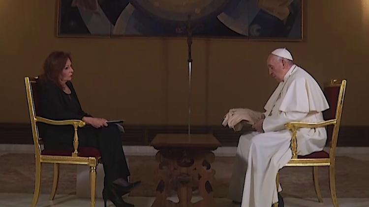 Папа Франциск дал обширное интервью мексиканской журналистке
