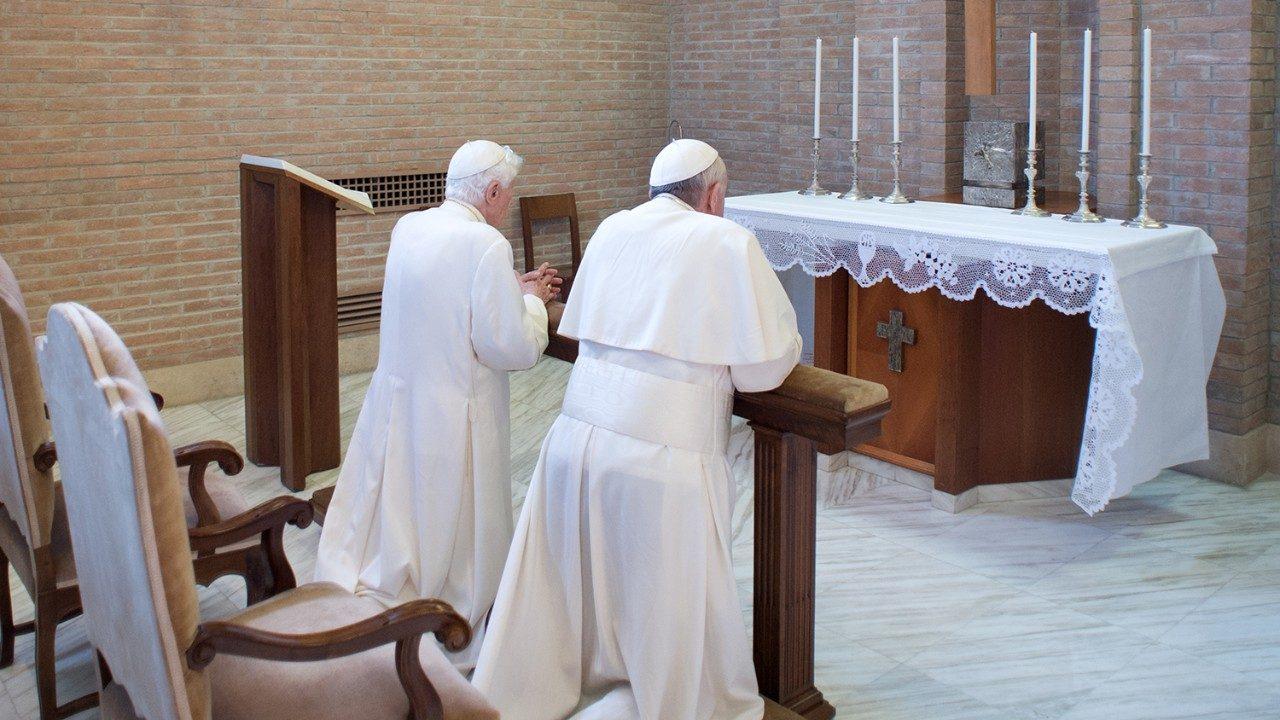 Папа ответил на вопросы об отношениях с православными и о Бенедикте XVI