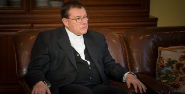 Архиепископ Павел Пецци о новых церковных движениях: «Святой Дух сильнее епископов»