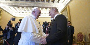 Папа Франциск встретился с президентом Российской Федерации Владимиром Путиным