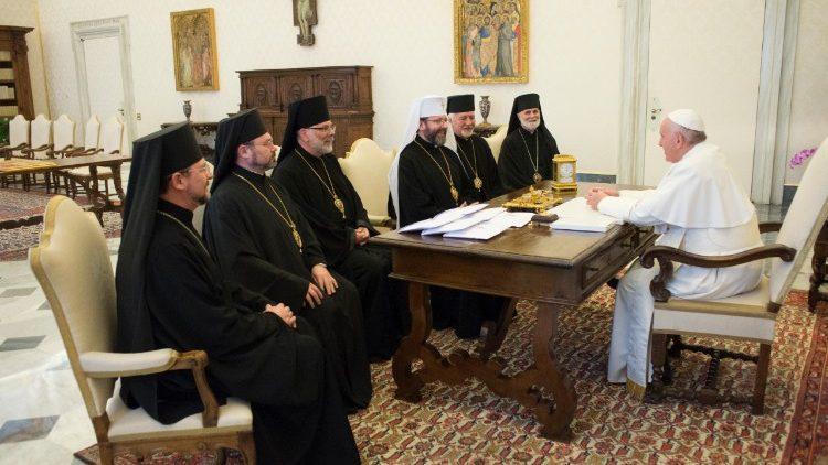 По итогам двухдневного визита руководства УГКЦ в Ватикан Залом Печати было обнародовано специальное сообщение