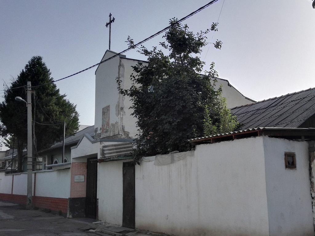 «Каритас» Таджикистана: забота о бездомных, инвалидах и стариках