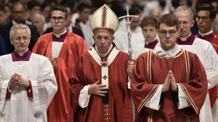 Папа Франциск обратился через госсекретаря Ватикана к участникам 70-й Литургической недели в Италии