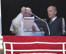 В торжество Успения Пресвятой Богородицы Папа Франциск благословил шесть тысяч розариев для Сирии