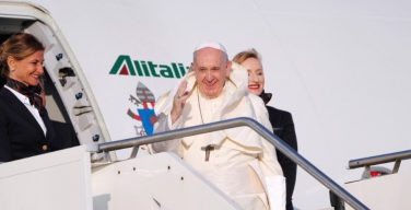 Визит Папы Франциска в Юго-Восточную Африку начался