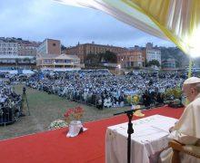 Визит Папы на Мадагаскар завершился встречей со священниками, монашествующими и семинаристами