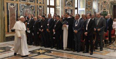 В пятницу 27 сентября Папа Франциск встретился с учеными и спортивными функционерами