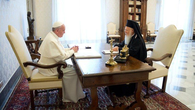 Папа Франциск встретился с Патриархом Константинопольским