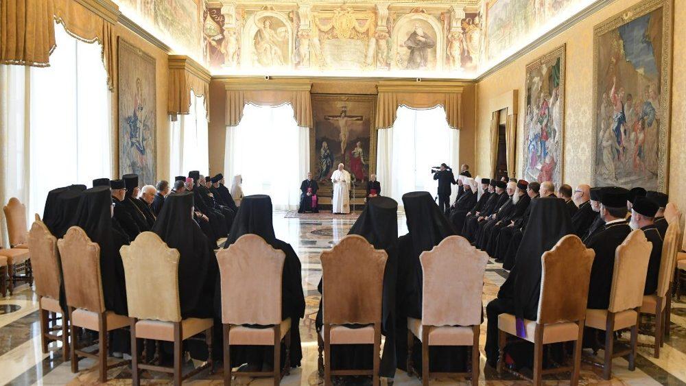 Папа Франциск дал аудиенцию Владыкам, принимающим участие в Синоде епископов УГКЦ