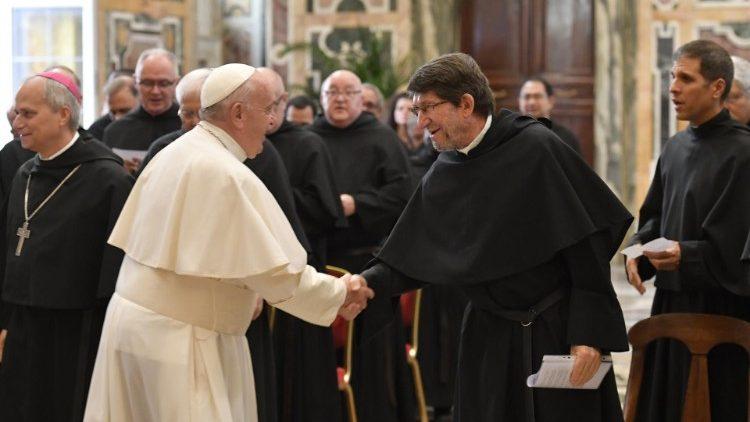 Папа Франциск на встрече с монахами-августинцами: корни, традиция – это гарантия будущего