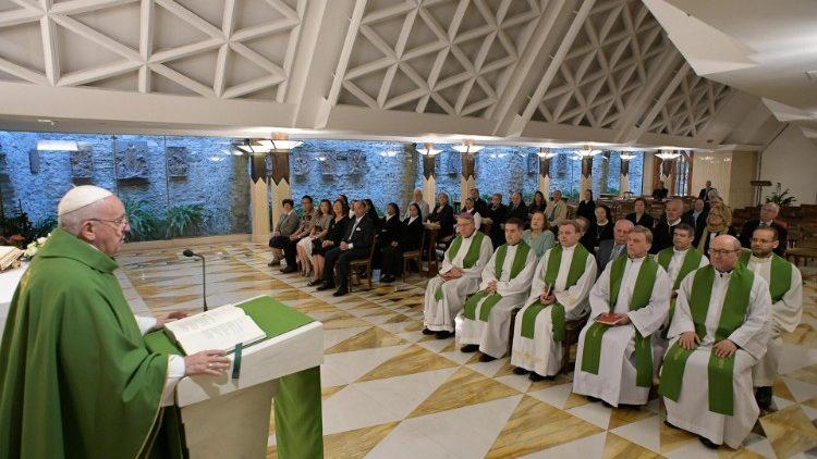 На Мессе в Доме Святой Марфы Папа Франциск размышлял о христианской надежде