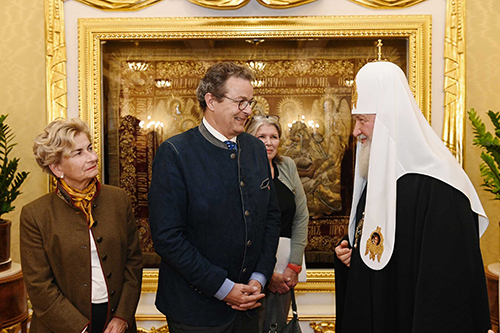 Патриарх Кирилл на встрече с швейцарскими политиками: традиционные нравственные ценности и демократия способны сосуществовать
