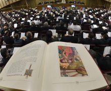 Хроника Синода: традиция, viri probati, служение женщин