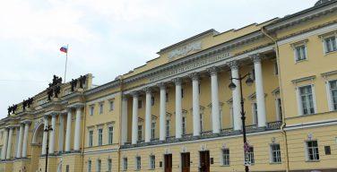 Конституционный Суд РФ постановил, что владельца земли и дома нельзя штрафовать за проведение богослужений