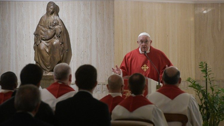 Папа Франциск на Мессе в Доме Святой Марфы призвал не поддаваться наущениям лукавого