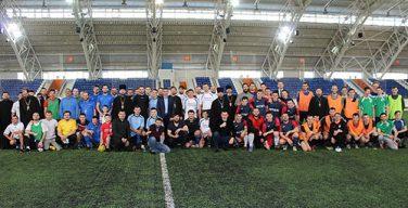 Священники сыграли в футбол в Новосибирске