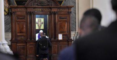 Кардинал Пьяченца: бегите на исповедь!
