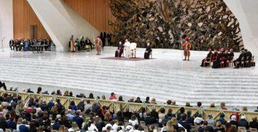 Папа Франциск: католический университет призван продвигать культуру встречи