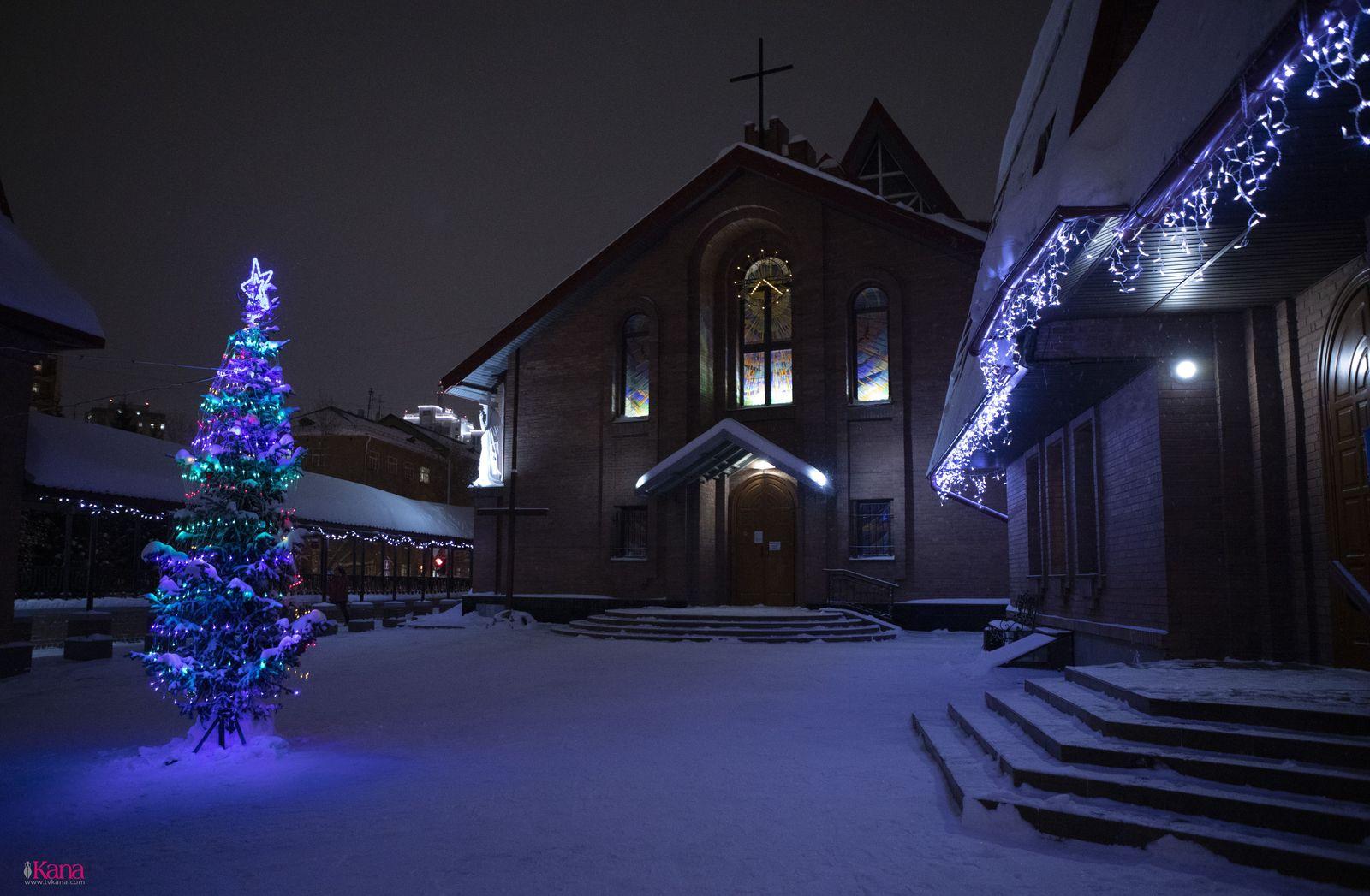 Встреча Рождества в главном храме Преображенской епархии (+ФОТО)