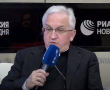 Десятилетие установления дипломатических отношений между Святым Престолом и Россией было отмечено пресс-конференцией в Москве