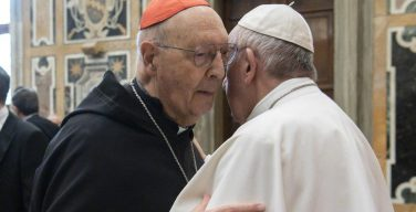 Папа Франциск выразил соболезнование в связи с кончиной кардинала Проспера Грека