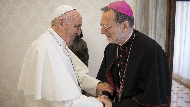 Апостольский нунций на Украине: важна близость Папы, «да» диалогу