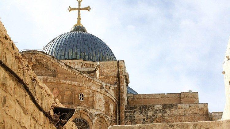Церкви на Святой Земле обменялись рождественскими поздравлениями