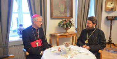 Владыка Иосиф Верт встретился с митрополитом Иларионом (Алфеевым)