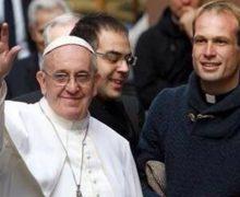 У Папы Франциска – новый личный секретарь