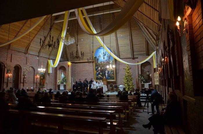 В католическом Преображенском кафедральном соборе в Новосибирске выступил молодежный старообрядческий хор