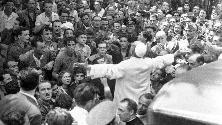 Ватикан открывает архивы Папы Пия XII
