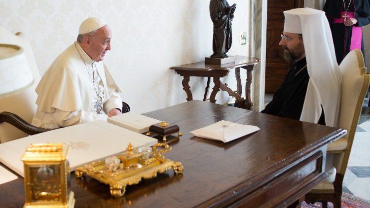 В последний день февраля Папа Франциск провел рабочие встречи, но отменил официальные аудиенции