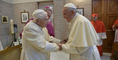 Папа Франциск: пожилые люди – это настоящее и будущее Церкви