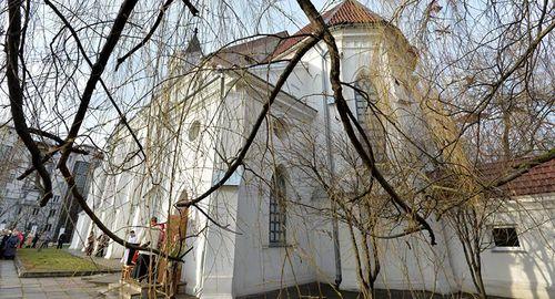 Белорусские католики просят святого Роха защитить от коронавируса, а католическое священноначалие в Латвии призывает к мерам предосторожности