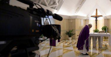 В день своего избрания на Престол Святого Петра Папа Франциск призвал пастырей стать ближе к народу