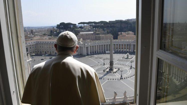 27 марта: всеобщая молитва и благословение Urbi et Orbi