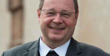 58-летний епископ Лимбургский Георг Бетцинг сменил на посту председателя Конференции католических епископов Германии кардинала Маркса